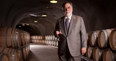 1021_FL-francis-ford-coppola-wine_2000x1125-1940x1091