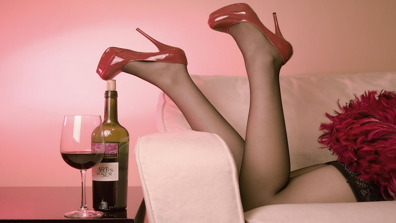 red____wine__by_emiliogtz-d4g2sr8