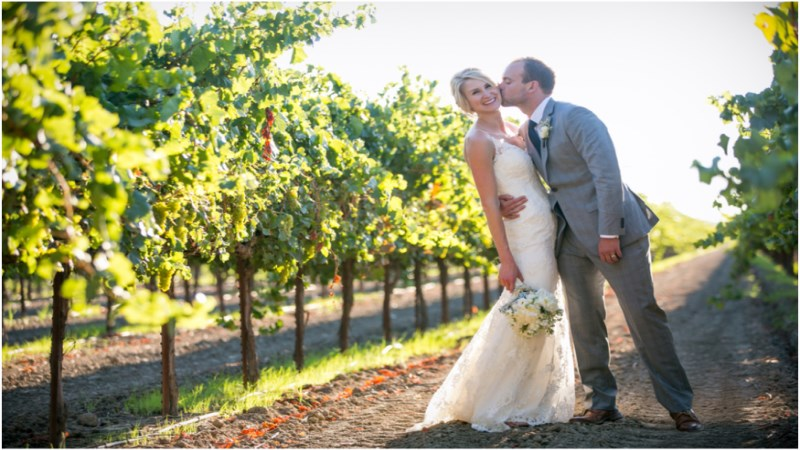 vineyard-wedding-photos