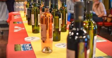 """Здружението """"Вина од Македонија"""" ја поздрави одлуката за укинување на ограничувањата за продажба на алкохол"""