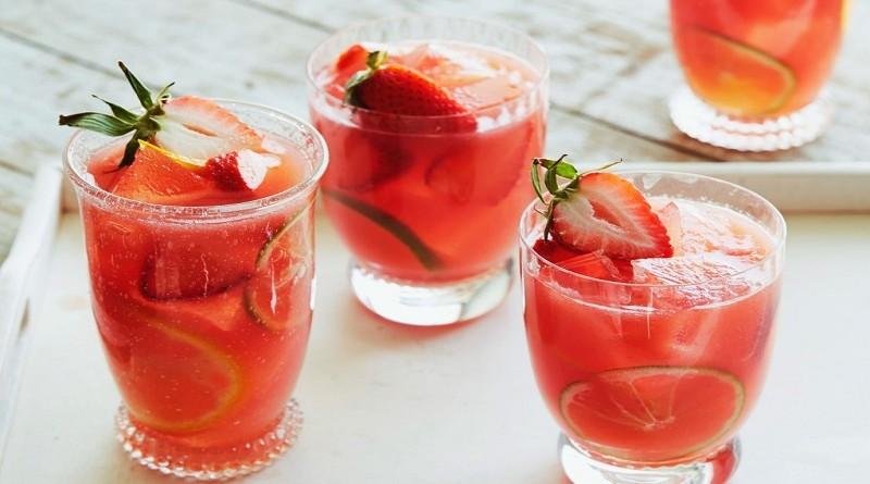 sangrija-so-jagodi