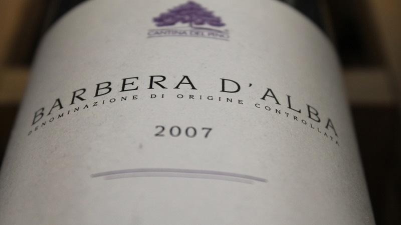 barbera+wine+label+photo