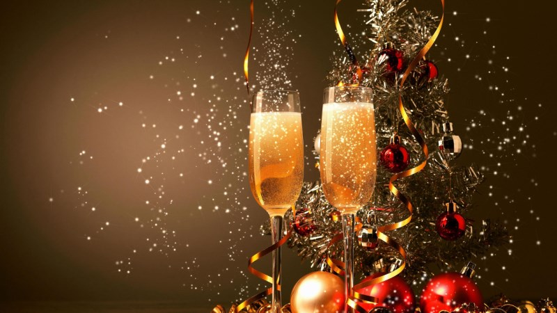 champagne-glass-stock-photo-for-new-years-eve-amari-watergate