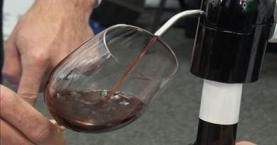 tocilica za vino, tanjug video