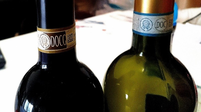 _15_-_ITALY_-_DOCG_and_DOC_wine_mark